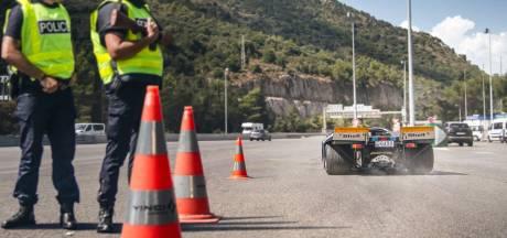 Man rijdt met 15 miljoen kostende race-Porsche op openbare weg