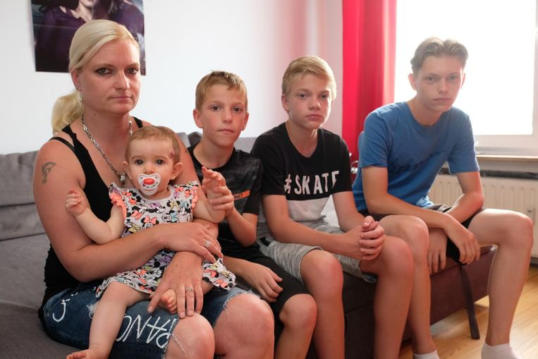 Patricia met haar kinderen Cataleya, Brandon, Lennert en Yardo.
