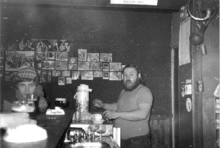 Dikke Flor, de allereerste cafébaas van Den Delper.