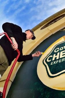 Grote muurschildering op toekomstige Gouda Cheese Experience