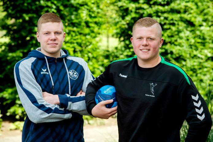 Niels en Arjan Versteijnen verleggen letterlijk hun handbalgrenzen.