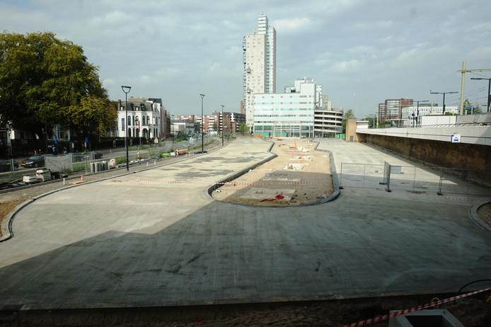 De bouw van het nieuwe busstation in Tilburg.
