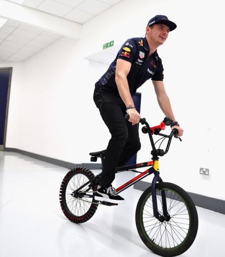 Teambazen zetten Max Verstappen op twee