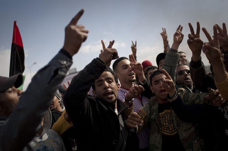 Libiërs vieren de verdrijving van de troepen van Kadhafi uit Benghazi. Beeld ap