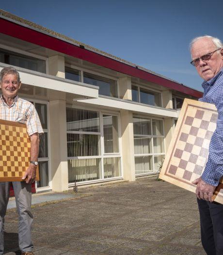 Dammers en schakers slaan handen ineen in Eerbeek: 'Desnoods spelen we met een mondkapje op'