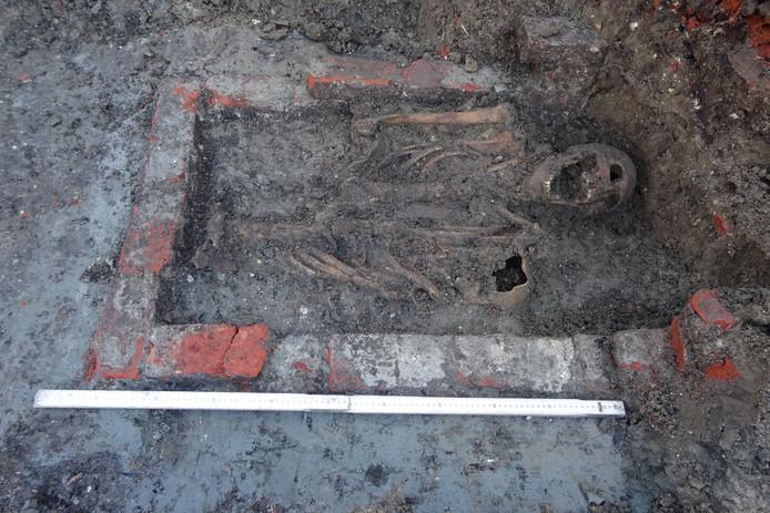 Vondst skeletten in Sluis.