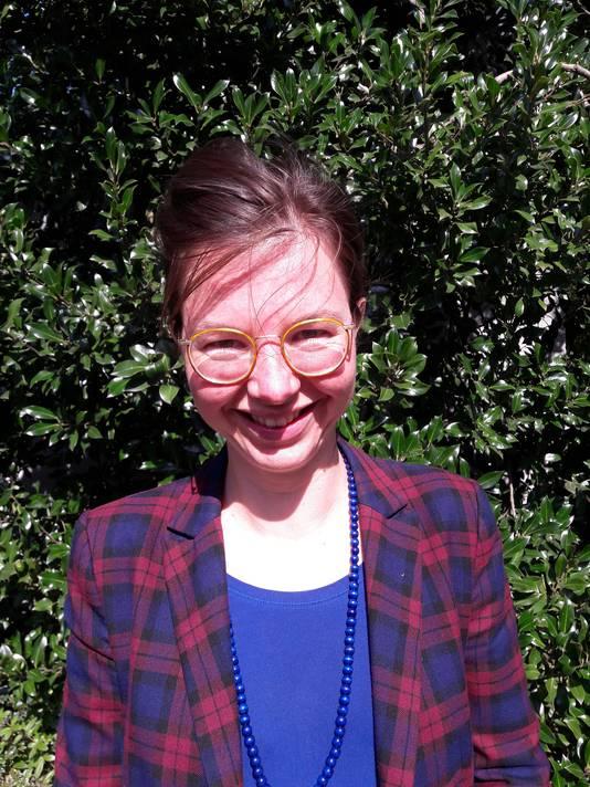 Marieke Smit schreef een dissertatie over katholieke meisjeslycea.