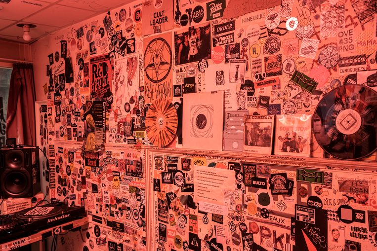 Red Light Radio. Beeld Jakob van Vliet