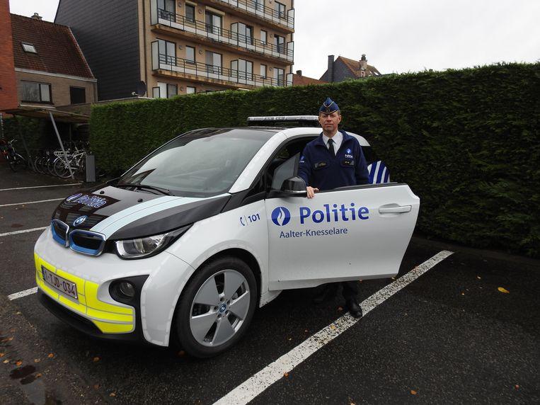 Nieuwe elektrische wagens voor de wijkwerking: ook de politiezone Aalter-Knesselare doet mee aan de trend.