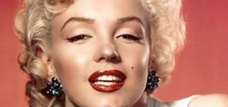 Haarlok en bh-opvullingen van Marilyn Monroe te koop