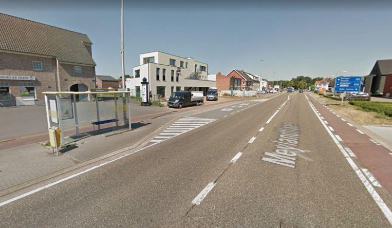 Eén van de bushokjes aan de Bietsstraat worden vernieuwd.