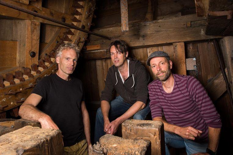 Molenaars Roel Gremmer (l), Willem Roose (m)en Robert-Jan Prins Beeld Mats van Soolingen