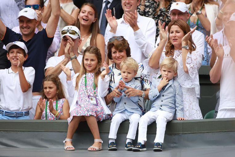 Het geheim van Federers wederopstanding is zijn vrouw Mirka. Beeld getty