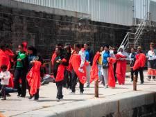 Honderden migranten gered voor de kust van Spanje