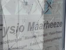 Ruiten vernield in centrum Maarheeze: 'Welk hersenloos figuur haalt het in zijn kop dit leuk te vinden?'