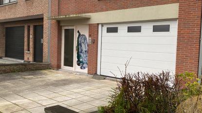 Ex-lid motorbende werd bewerkt met bunsenbrander en is blind aan één oog: drie verdachten blijven in de cel