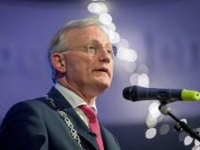 Burgemeester Almelo boos over verspreiden telefoongesprek: 'Onfatsoenlijk'