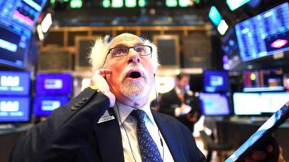 Viruszorgen drukken Wall Street diep in het rood, ook Europese beurzen staan op stevig verlies