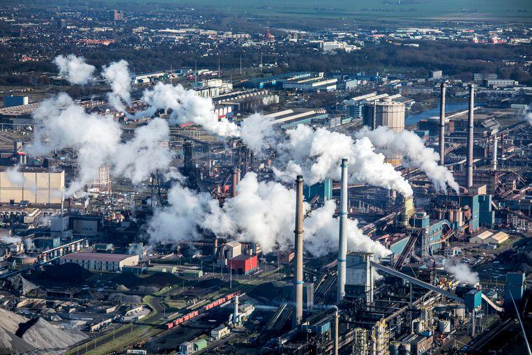 Velsen IJmuiden- Tata Steel vanuit de lucht.  Beeld null