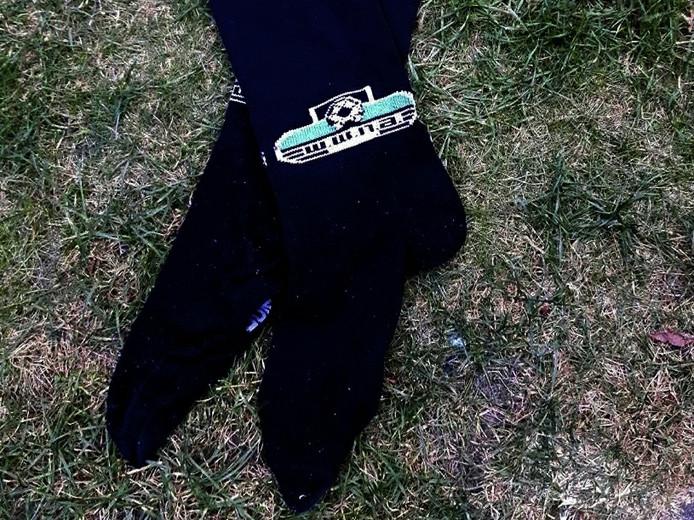 De zwarte sokken van voetbalclub WWNA