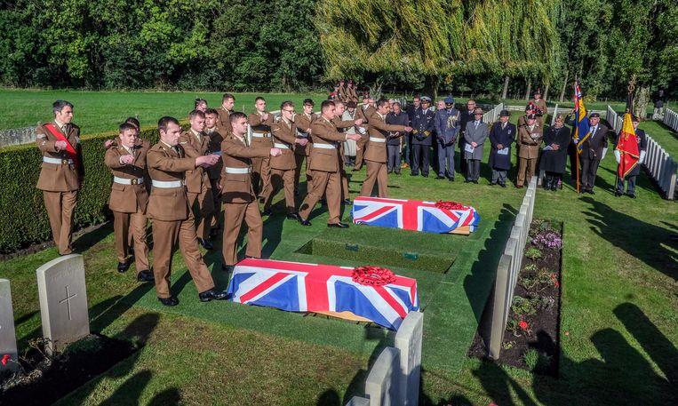 De gesneuvelde militairen kregen een mooie plechtigheid.