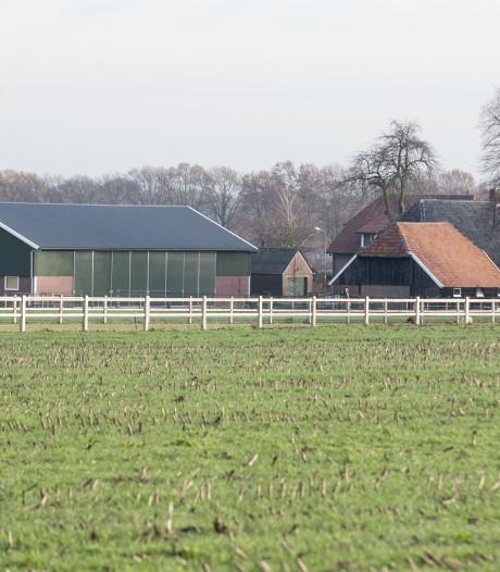Berkelland: Zaak manege Needse Berg wegens 'ontwikkelingen' van agenda