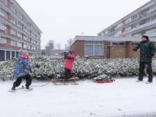 Fotoserie: Zo genieten inwoners van de Vallei van de sneeuw