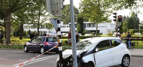 Drie mensen gewond bij ongeluk in Uden