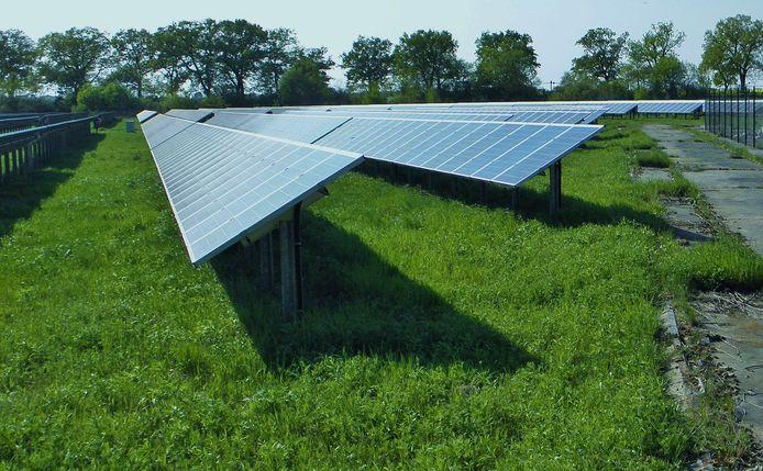 Beeld van een zonneparken elders in Nederland, op de Veluwe.