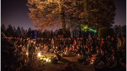 Muziek, poëzie en verhalen op kerkhof Ruien tijdens Reveil