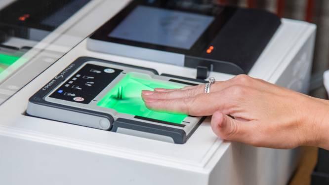 Meer dan 53.000 Belgen hebben al elektronische identiteitskaart met vingerafdruk