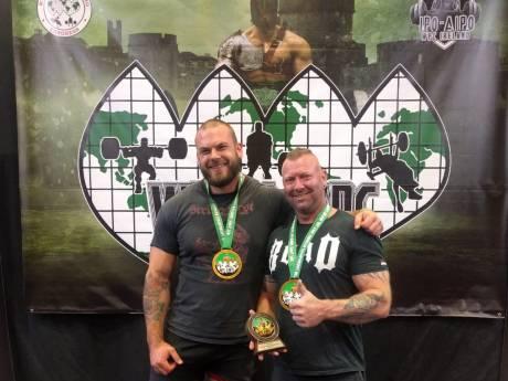 Powerlifters uit Arnhem pakken Europese titel in Ierland