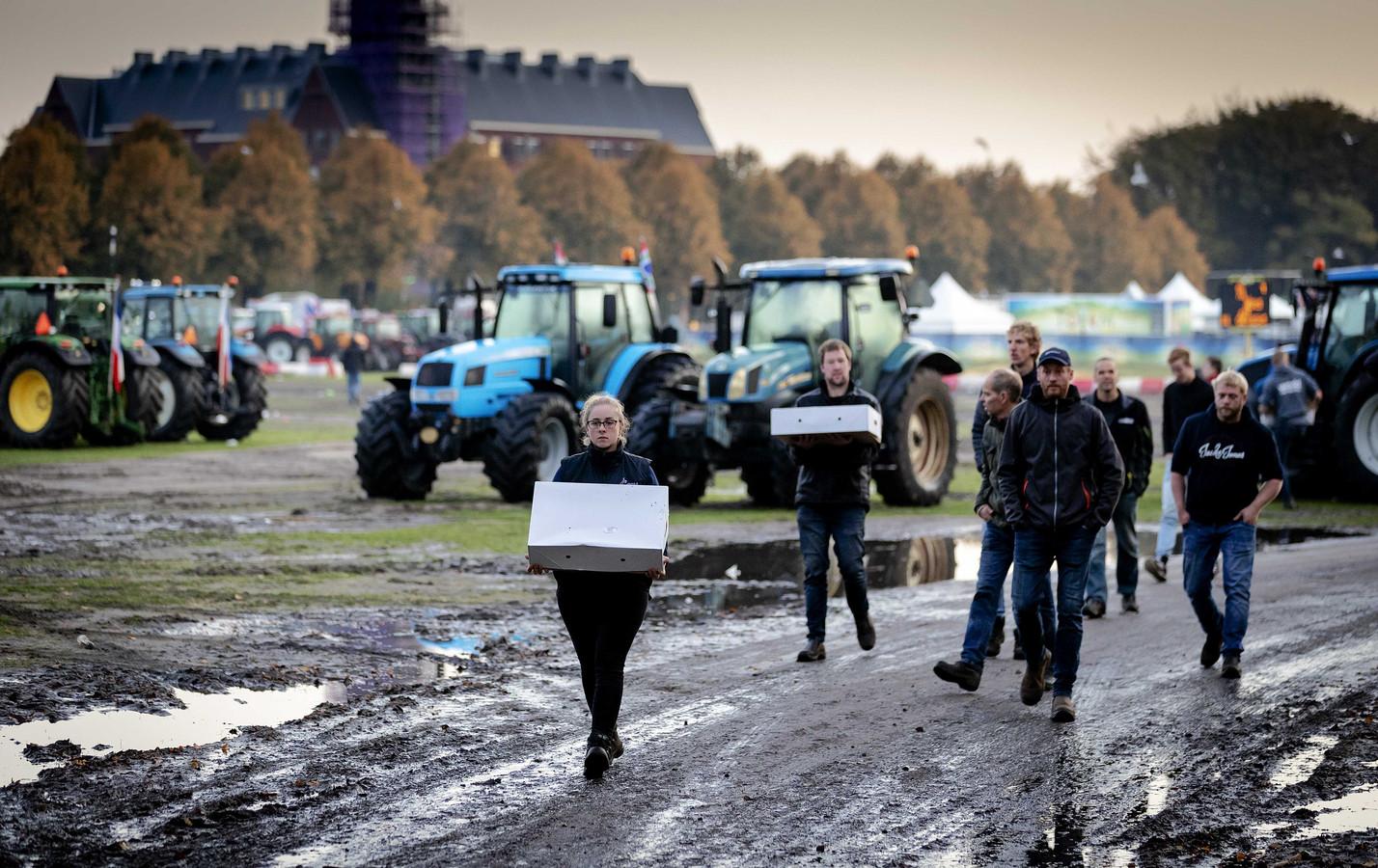 In oktober demonstreerden boeren in Den Haag, vrijdag staan ze voor de kortgedingrechter in Den Haag.