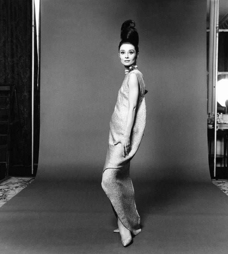 Modemagazine Vogue dacht dat Nyong'O inspiratie haalde uit het kapsel van Audrey Hepburn. Beeld null
