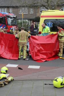 Fietser zwaargewond na aanrijding met vrachtwagen in Wassenaar