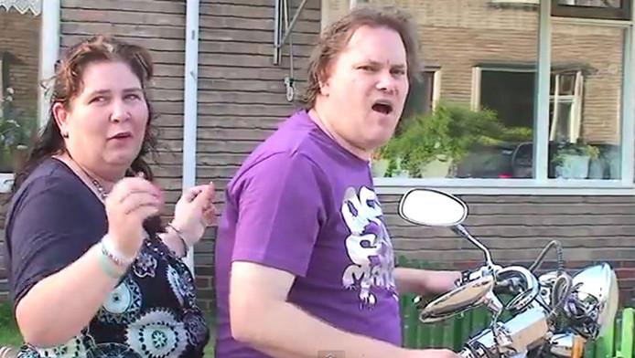 Vriendin Debora en zanger Rinus