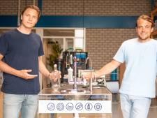 Drinkwater uit de Amsterdamse gracht? Zij maken het mogelijk