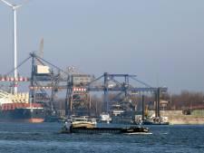 Grote zeeschepen kunnen niet over kanaal Gent-Terneuzen: te laag waterpeil door droogte