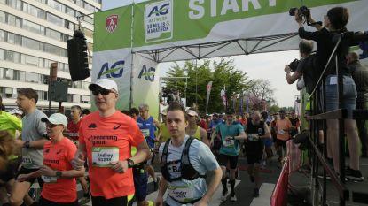 LIVE. Antwerpen in teken van Ten Miles vandaag: 40.000 lopers op de been