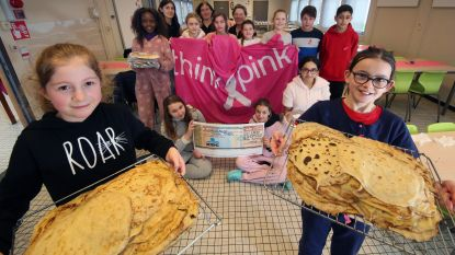 Leerlingenbasisschool Groei bakken 2.000 pannenkoeken voor Think Pink