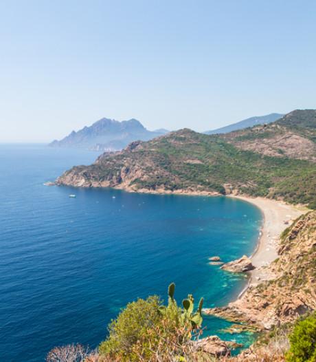 Une île de déchets au large de la Corse