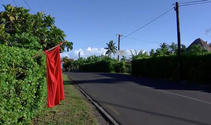Een rode vlag moet de vaccinatieteams naar huizen leiden waar niet-ingeënte Samoanen wonen.