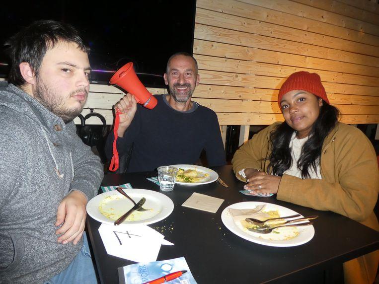 Ilan Smolders (radicale gelijkwaardigheid), Richard Keldoulis (dragqueen Jennifer Hopelezz) en Vahsitha Comvalius (Pozo): geen activisme op het eerste gezicht. Beeld Hans van der Beek