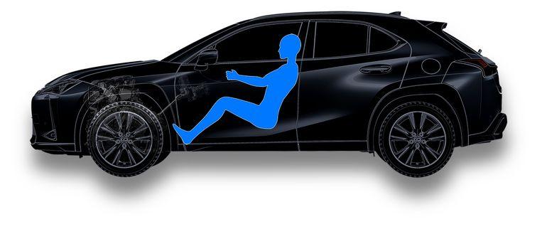 SUV's zijn populair omdat je er hoog in zit. Toch maakt Lexus het mogelijk in de UX laag te zitten, 'voor een rij-ervaring die lijkt op die van een hatchback'. Beeld
