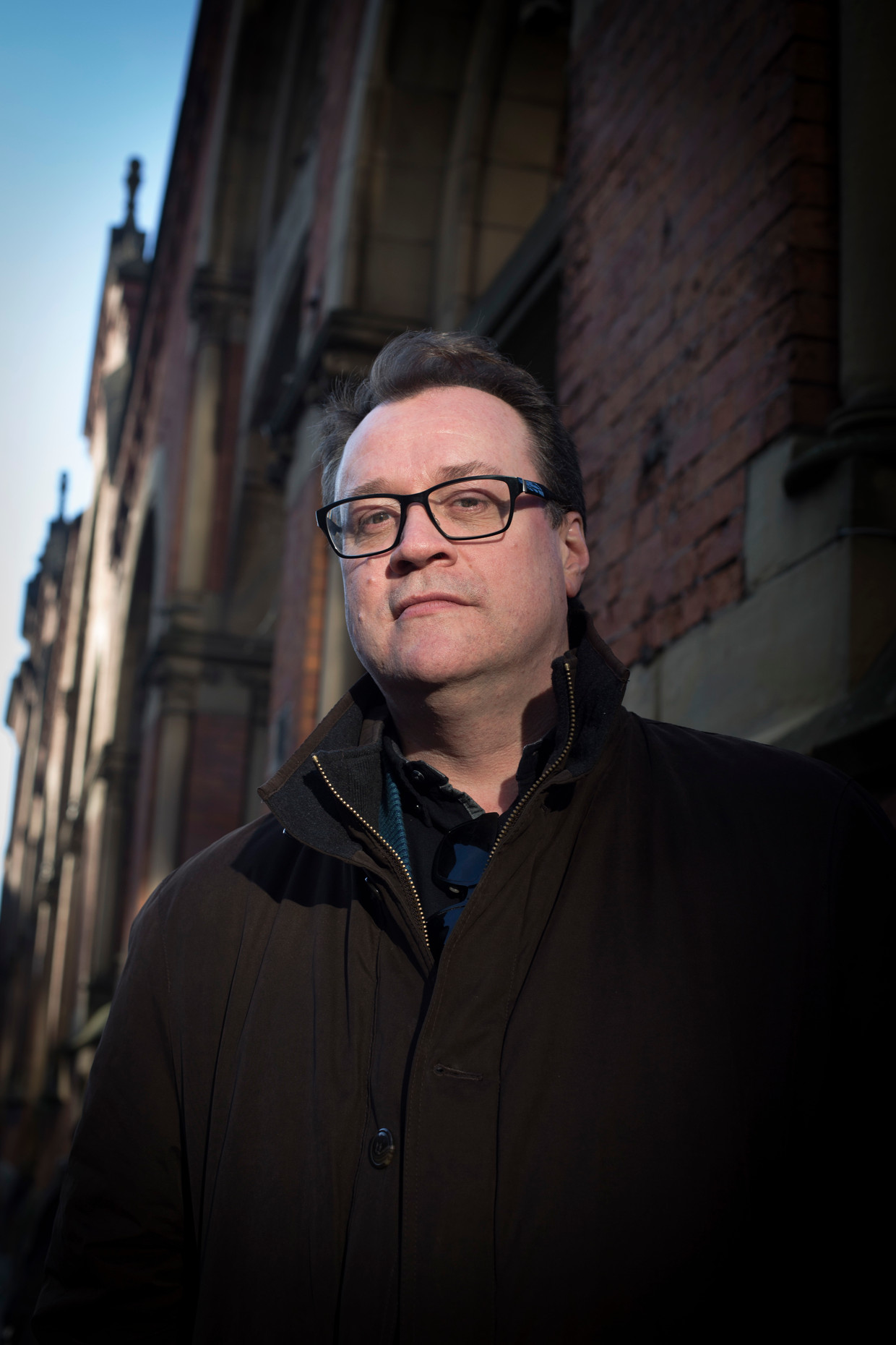 Russell T. Davies, gelauwerd scenarist en tv-producent, liep al jaren met de serie Years and Years in zijn hoofd.