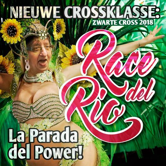 De Race del Rio, één van de nieuwe klassen op de Zwarte Cross, wordt hier aangeprezen door Tante Rikie.