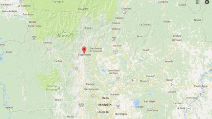 Minstens veertien doden bij busongeluk Colombia