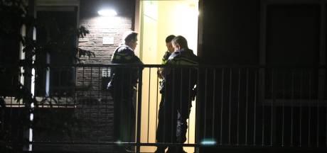 Studente beroofd van handtas bij wooncomplex in Wageningen door gewapende overvaller