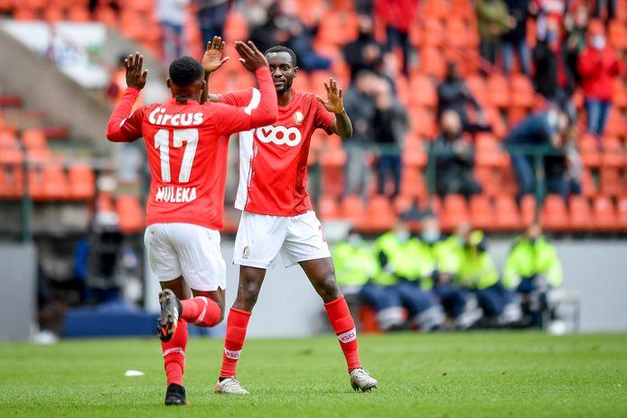 Le premier but en Pro League de Jackson Muleka offre un point au Standard contre Zulte Waregem.