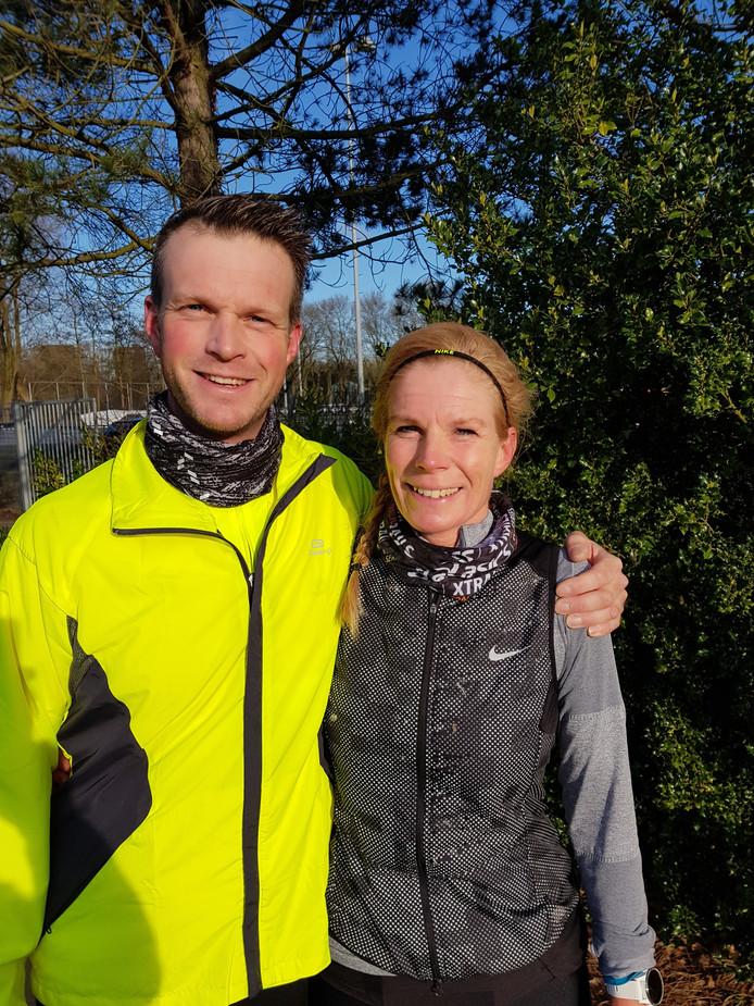 Gian Ligtvoet en Melissa Eestermans-Ligtvoet  - broer en zus - trainen samen voor de Marathon Rotterdam.